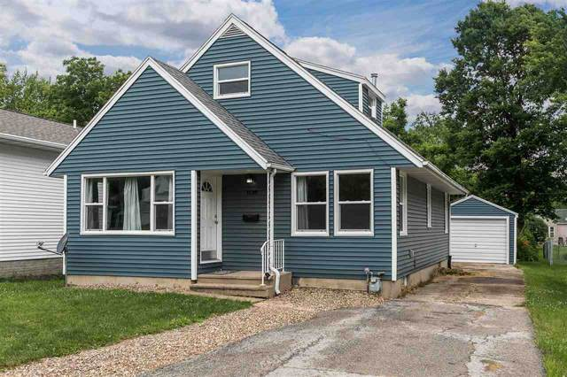 1138 32nd St Ne, Cedar Rapids, IA 52402 (MLS #202004167) :: The Johnson Team