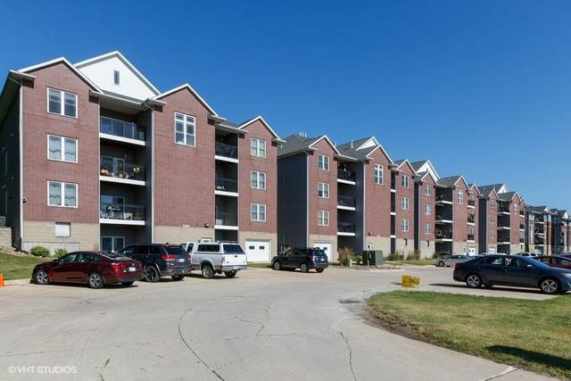 1092 Walnut Ave #301, Riverside, IA 52327 (MLS #202004310) :: Lepic Elite Home Team