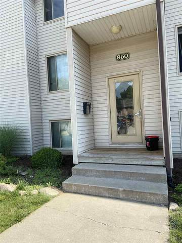 950 23rd Ave Place #2, Coralville, IA 52241 (MLS #202004353) :: Lepic Elite Home Team