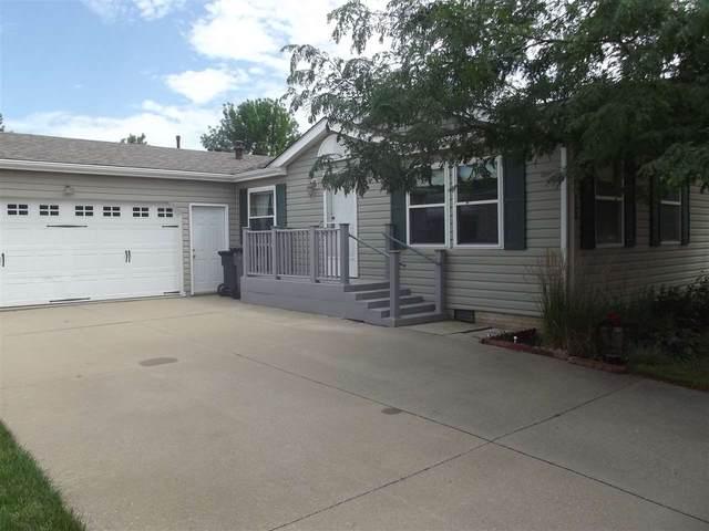 158 Paddock Circle, Iowa City, IA 52240 (MLS #202004637) :: Lepic Elite Home Team