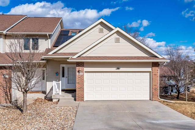 2121 Holiday Rd, Coralville, IA 52241 (MLS #202004901) :: Lepic Elite Home Team