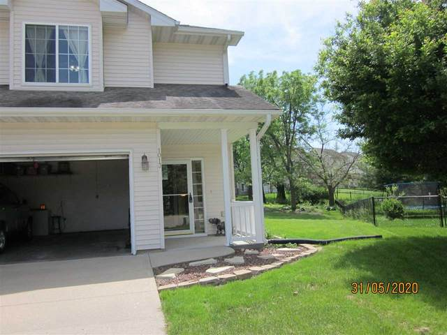 1013 Jensen, Iowa City, IA 52246 (MLS #202005248) :: Lepic Elite Home Team