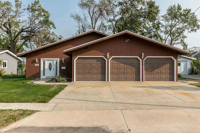 1450 Country Club Dr, Marion, IA 52302 (MLS #202005777) :: The Johnson Team