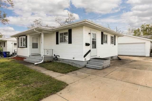 1135 Dover St Ne, Cedar Rapids, IA 52404 (MLS #202005780) :: The Johnson Team
