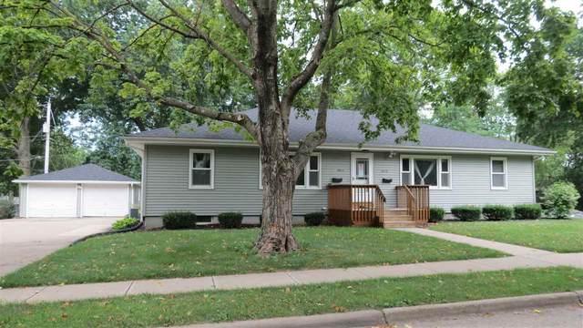 2613 Ferndale Dr, Iowa City, IA 52245 (MLS #202005879) :: The Johnson Team