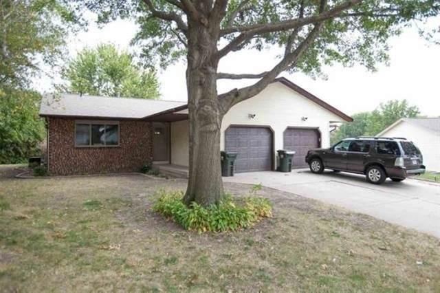 1240-1242 Dolen Pl, Iowa City, IA 52246 (MLS #202005961) :: The Johnson Team
