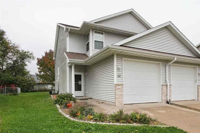 57 Primrose Ct, Iowa City, IA 52240 (MLS #202006027) :: Lepic Elite Home Team