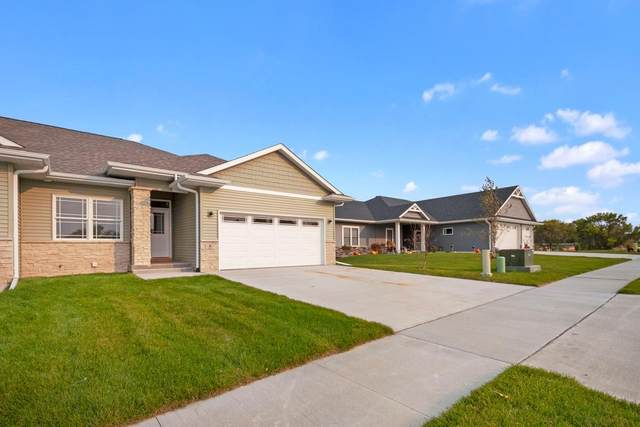 5 Lazy Brook Drive, West Branch, IA 52358 (MLS #202006060) :: The Johnson Team