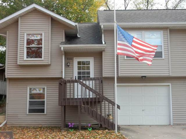 930 Dover St, Iowa City, IA 52245 (MLS #202006147) :: Lepic Elite Home Team
