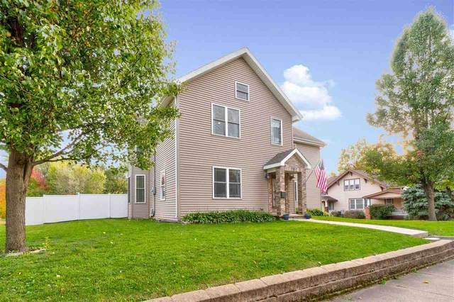 717 W Main, Washington, IA 52353 (MLS #202006235) :: The Johnson Team