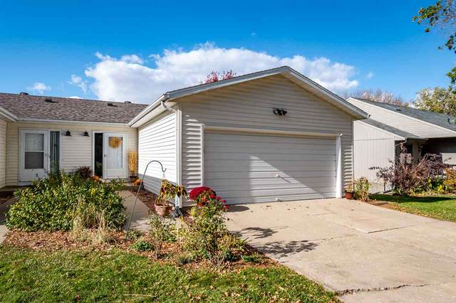 2075 S Ridge Dr, Coralville, IA 52241 (MLS #202006281) :: The Johnson Team