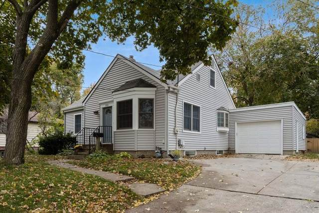 312 Fairview Ave, Iowa City, IA 52245 (MLS #202006286) :: The Johnson Team