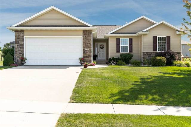 1540 Silver Maple Trl, North Liberty, IA 52317 (MLS #202006388) :: The Johnson Team