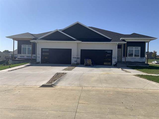 813 Thomas St, Tiffin, IA 52340 (MLS #202006392) :: The Johnson Team