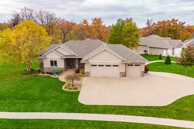 1860 Silver Maple Trail, North Liberty, IA 52317 (MLS #202006405) :: The Johnson Team