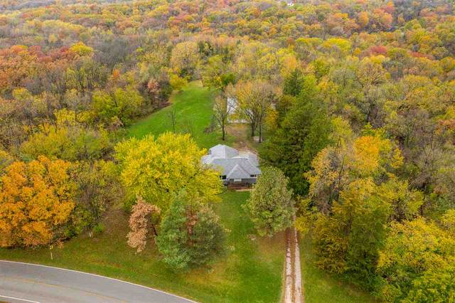 1499 NE Curtis Bridge Rd, Swisher, IA 52338 (MLS #202006409) :: The Johnson Team
