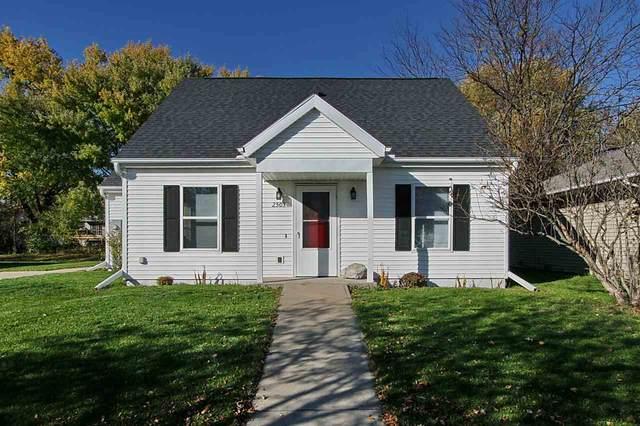 2503 Aster Ave., Iowa City, IA 52240 (MLS #202006532) :: Lepic Elite Home Team