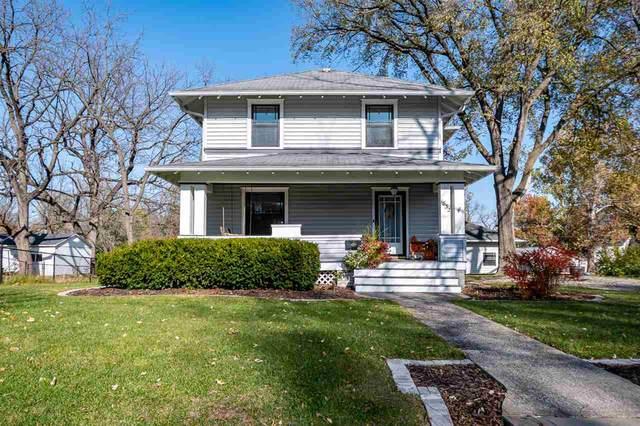 1832 Muscatine Ave, Iowa City, IA 52240 (MLS #202006576) :: Lepic Elite Home Team