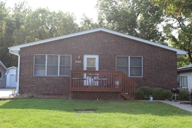 1113 Saint Clements St, Iowa City, IA 52245 (MLS #202006581) :: Lepic Elite Home Team