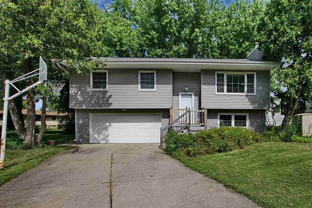 1221 Guildford Ct., Iowa City, IA 52240 (MLS #202006619) :: Lepic Elite Home Team