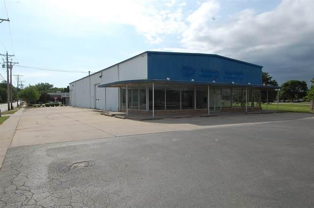 391 Highland Ave, Iowa City, IA 52240 (MLS #202006755) :: Lepic Elite Home Team