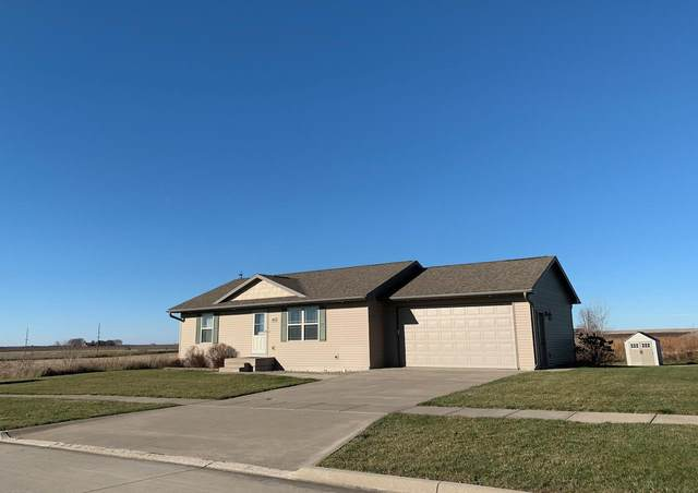 416 Jacki Dr, Lone Tree, IA 52755 (MLS #202006865) :: Lepic Elite Home Team