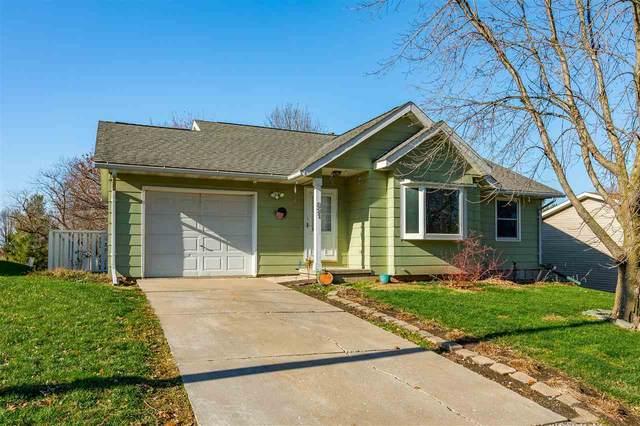 821 S Ave D, Washington, IA 52353 (MLS #202006867) :: Lepic Elite Home Team