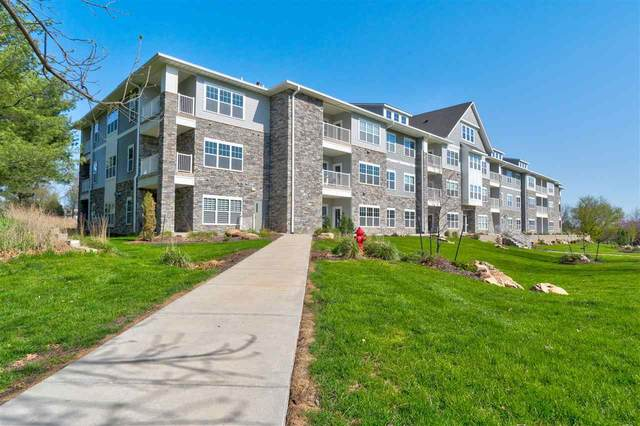 260 N Scott Blvd #305, Iowa City, IA 52245 (MLS #202006947) :: The Johnson Team