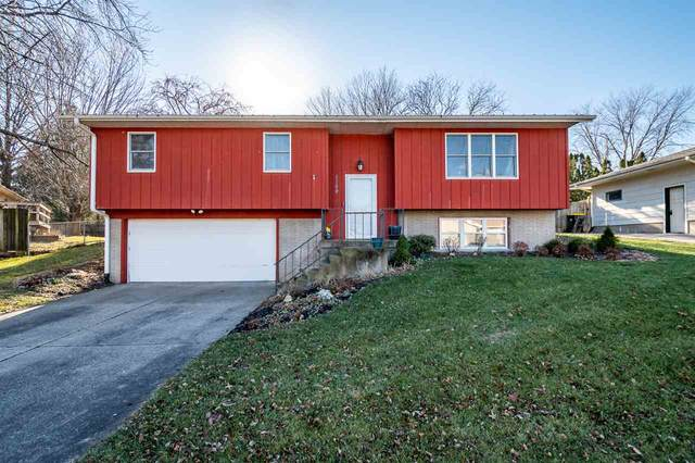 1149 Briar Dr, Iowa City, IA 52240 (MLS #202007010) :: Lepic Elite Home Team
