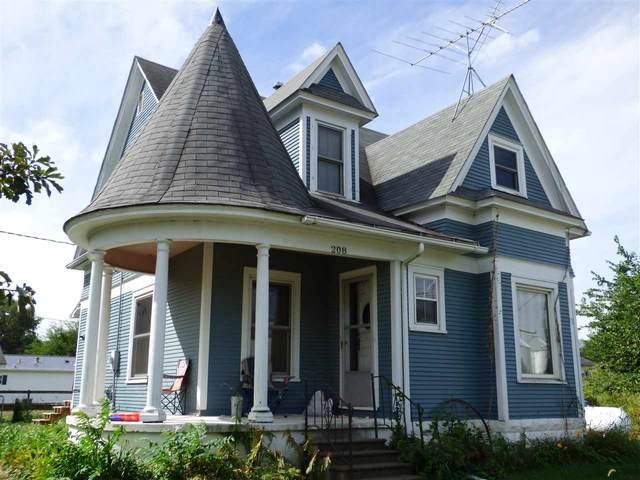 208 E Wyman St, Crawfordsville, IA 52621 (MLS #202007130) :: Lepic Elite Home Team