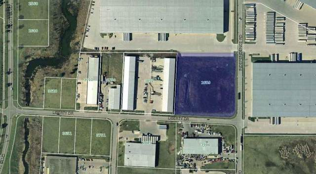 2659 Independence Rd, Iowa City, IA 52240 (MLS #202100067) :: The Johnson Team