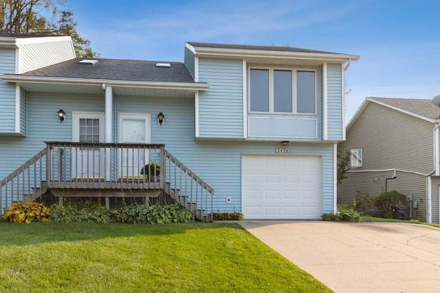 2424 10th St, Coralville, IA 52241 (MLS #202100231) :: Lepic Elite Home Team