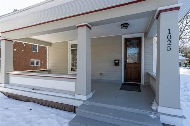 1025 E Burlington, Iowa City, IA 52240 (MLS #202100325) :: Lepic Elite Home Team