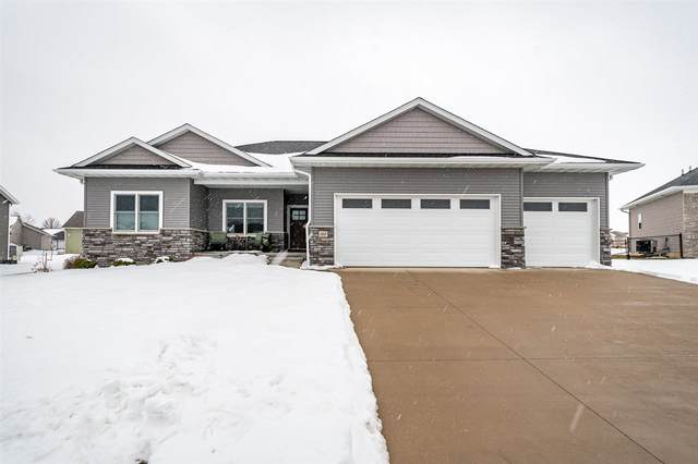 1865 Timber Wolf Dr, North Liberty, IA 52317 (MLS #202100417) :: The Johnson Team