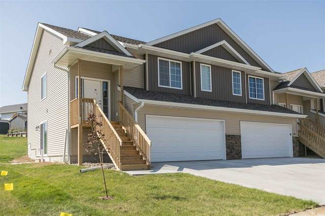 607 Riley Lane, West Branch, IA 52358 (MLS #202100463) :: The Johnson Team