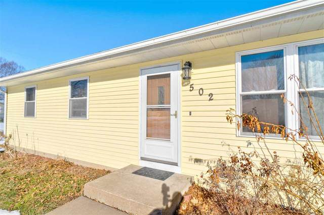 502 Brady St Suite 307, Hills, IA 52235 (MLS #202100477) :: The Johnson Team