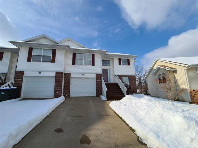 2504 Catskill Ct, Iowa City, IA 52245 (MLS #202100505) :: The Johnson Team