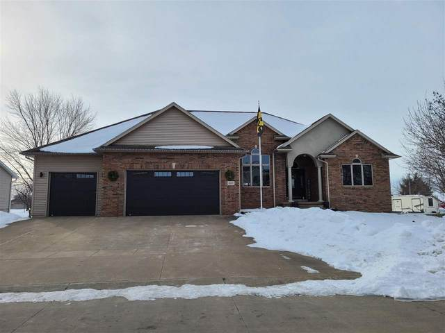 407 Yakish Ct, Lone Tree, IA 52755 (MLS #202100527) :: Lepic Elite Home Team