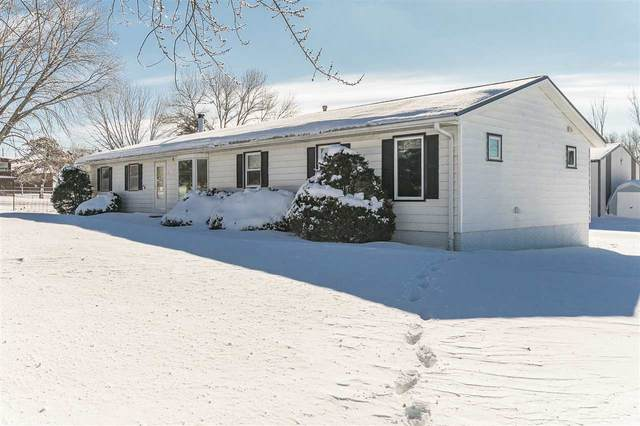 3902 NE Highway 382 Ne, Solon, IA 52333 (MLS #202100800) :: The Johnson Team