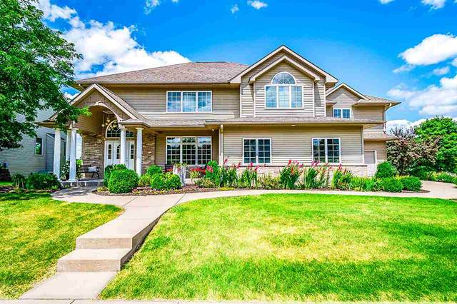 1007 Prairie Grass Ln, Iowa City, IA 52246 (MLS #202100847) :: Lepic Elite Home Team