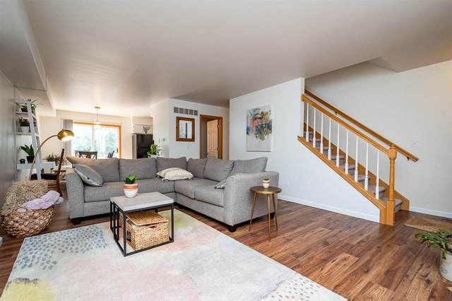 49 N Scott Blvd, Iowa City, IA 52245 (MLS #202101176) :: The Johnson Team