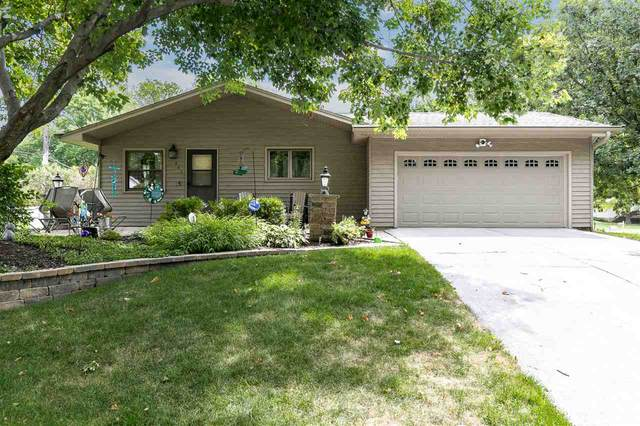 901 20th Ave, Coralville, IA 52241 (MLS #202101209) :: The Johnson Team