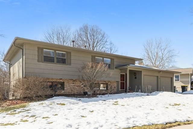 5 Bedford Ct, Iowa City, IA 52240 (MLS #202101303) :: The Johnson Team