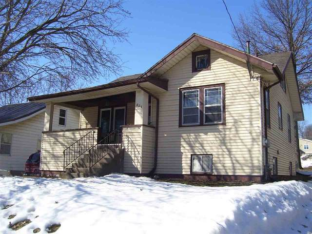 823 Hudson Ave, Iowa City, IA 52246 (MLS #202101367) :: The Johnson Team