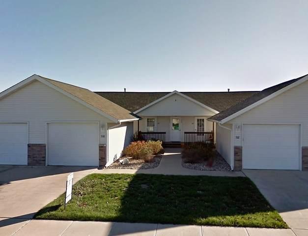 534 Iris Ave, Tiffin, IA 52340 (MLS #202101393) :: Lepic Elite Home Team
