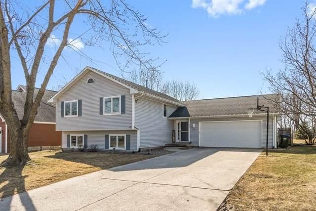 517 Amhurst St, Iowa City, IA 52245 (MLS #202101448) :: Lepic Elite Home Team