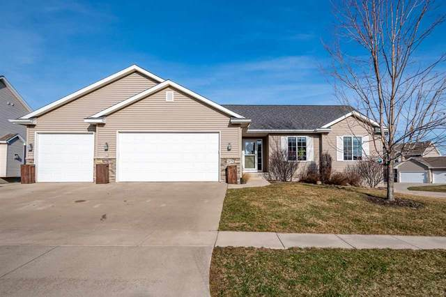 2075 Hillside Dr, Ely, IA 52227 (MLS #202101537) :: Lepic Elite Home Team