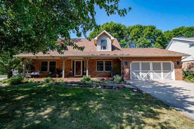 1482 High Country Rd, Coralville, IA 52241 (MLS #202101540) :: Lepic Elite Home Team