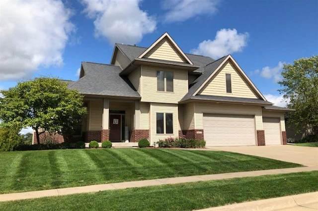 1077 Prairie Grass Ln, Iowa City, IA 52246 (MLS #202101700) :: The Johnson Team