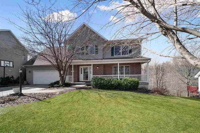 1712 Timber Hills Dr, Coralville, IA 52241 (MLS #202101701) :: Lepic Elite Home Team